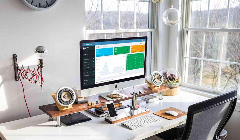 Admin LTE sistem admin yang membantu anda menjalankan website anda dengan mudah